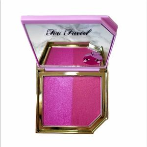 🆕Too faced cocktail blush duo Plumagranate